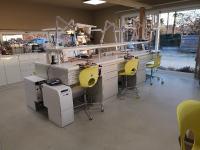 Nouveaux postes de travail au laboratoire TECHNIPRODENT à Malonne.